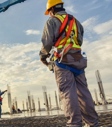 4 Ways to Ensure the Safety of Construction Workers