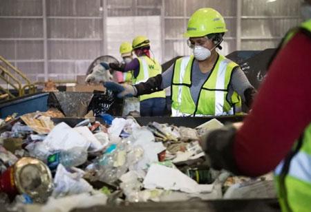 How Technology Advances Waste Management