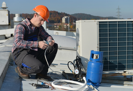How Technology Ensures Social Distancing for HVAC Workers